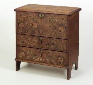 chest-over-drawers